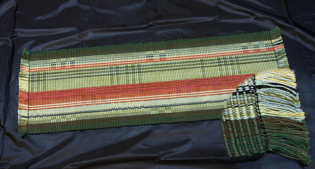 Table Runner - green / rust